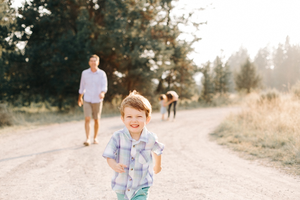 100_Bend_Oregon_Family_Session_Photo.JPG