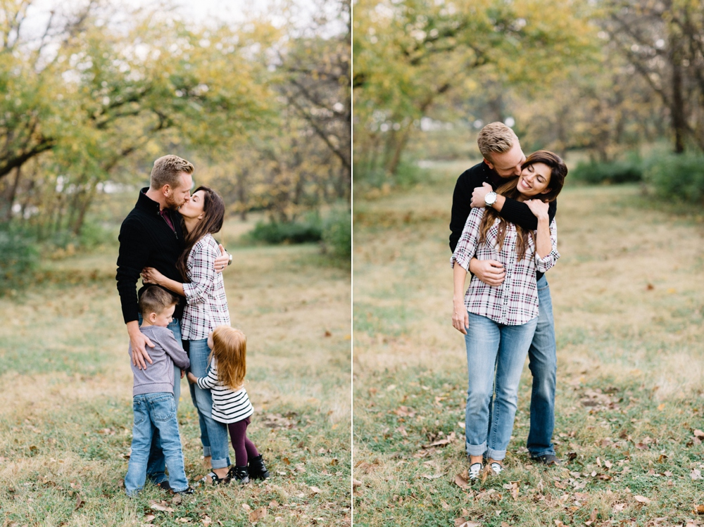 198_Shawnee_Mission_Park_Shawnee_Kansas_Family_Session_Photo.JPG