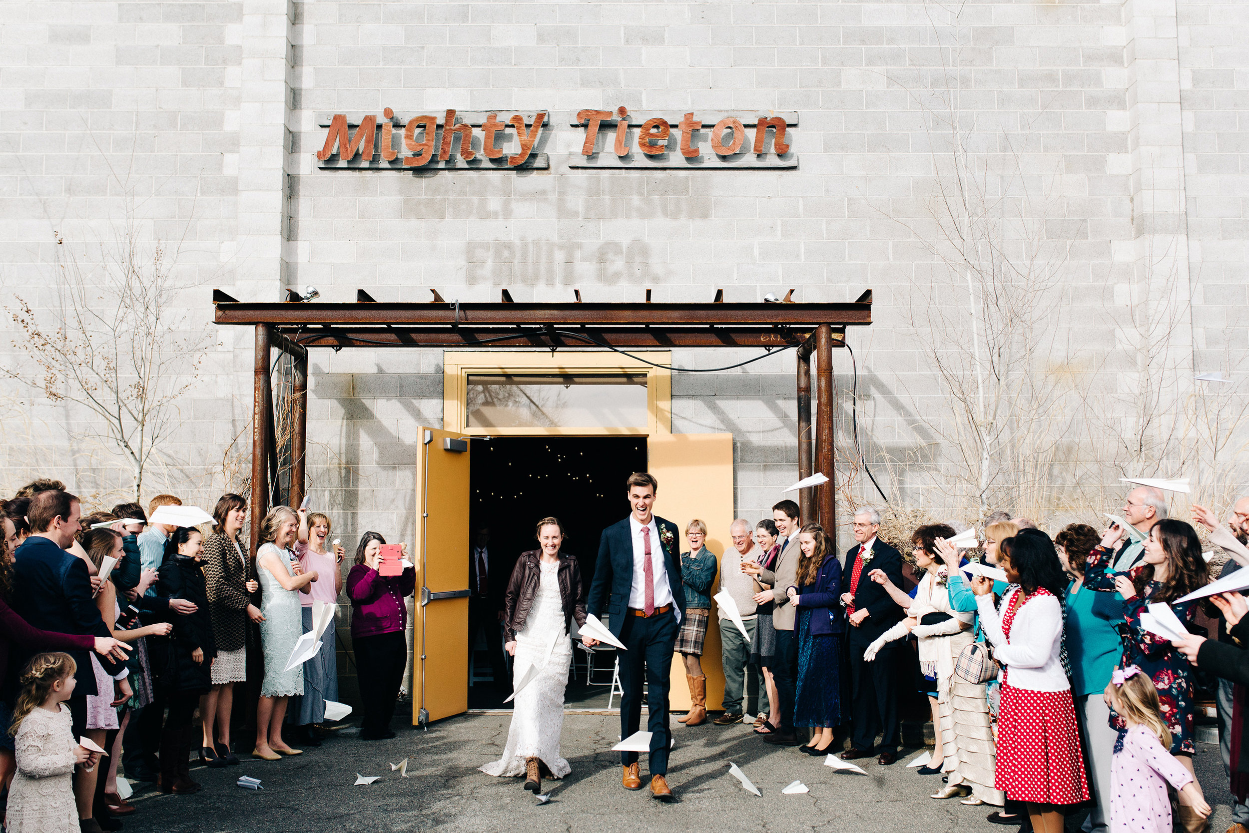 Mighty-Tieton-Yakima-Washington-Wedding-Photo.jpg