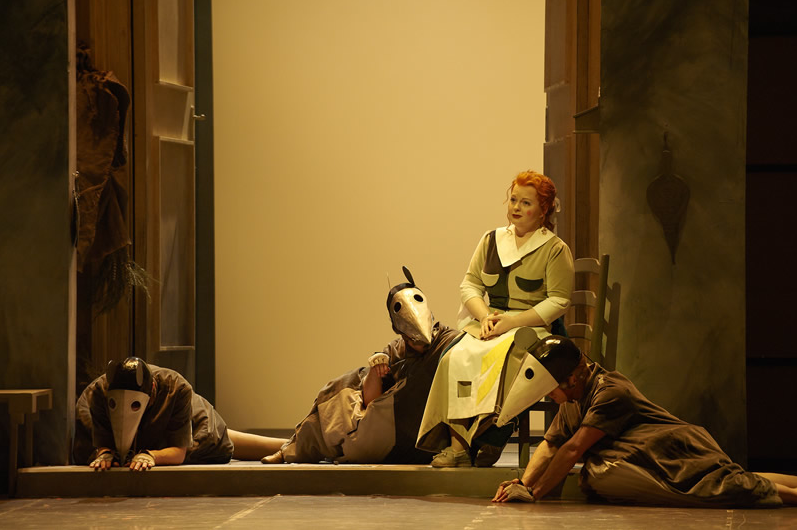 'La Cenerentola' at the Canadian Opera Company c. Michael Cooper, 2011