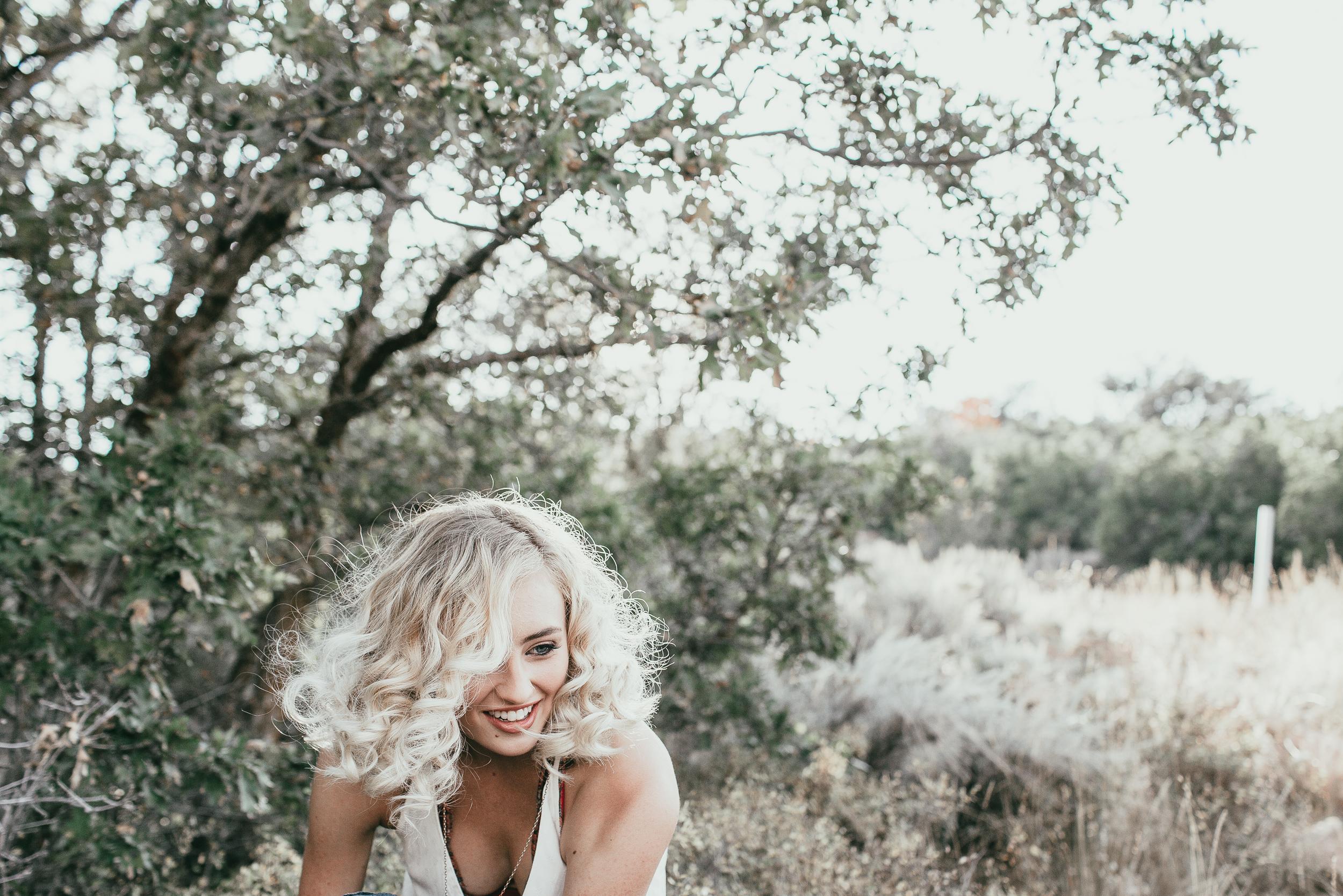 EmmylowephotoEmmyLoweRetreatJAde-6.jpg