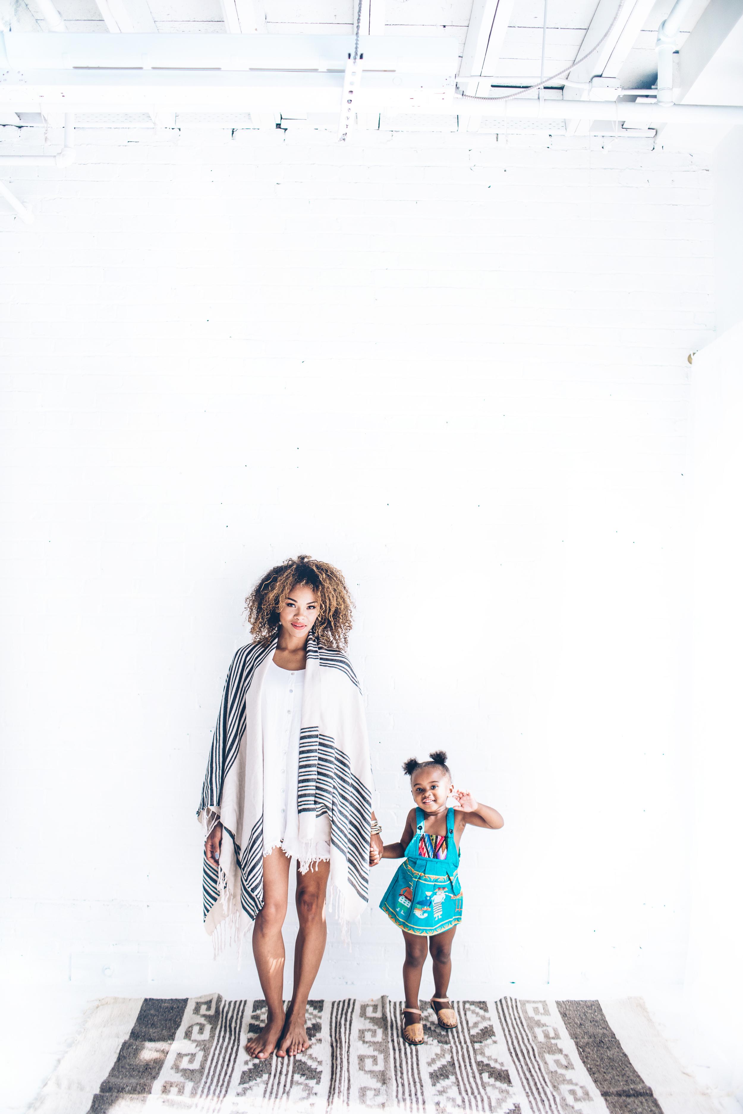 EmmyLowePhotoHumbleHiloAug2015-19.jpg