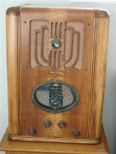 The one that started me collecting radios. A Westinghouse WR-214. My wife and I have a 1924 Story and Clark player piano. I said to her one day we need an antique radio in the living room to accent the piano. She said sure let's go look for one. Go figure.... So we looked for a while. I found this one in a local antique shop. I knew nothing about collecting radios. How about my luck finding a rare Westinghouse for $75.00. Of course it was 20 years ago. I have had offers to purchase it many times. And I was tempted to sell at times. And every time my wife says NO..... My wife is attached to it as well as many others. Most collectors do not have an understanding wife when it comes to putting these large radios all over the house. Well I do. A little understanding on both sides thou. She has over 500 antique dolls in 7 large cases. If I do not complain about the dolls... she just rolls her eyes as I bring another Zenith in the house.