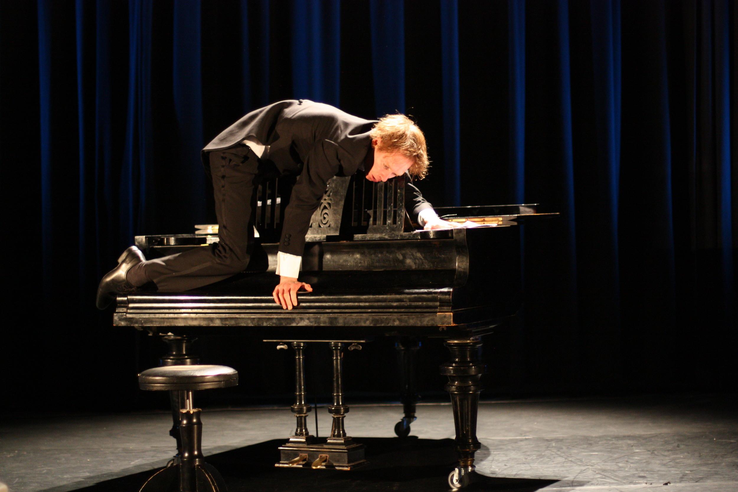 The Pianist 016 - Photo Credit Juho Rahijärvi.jpg