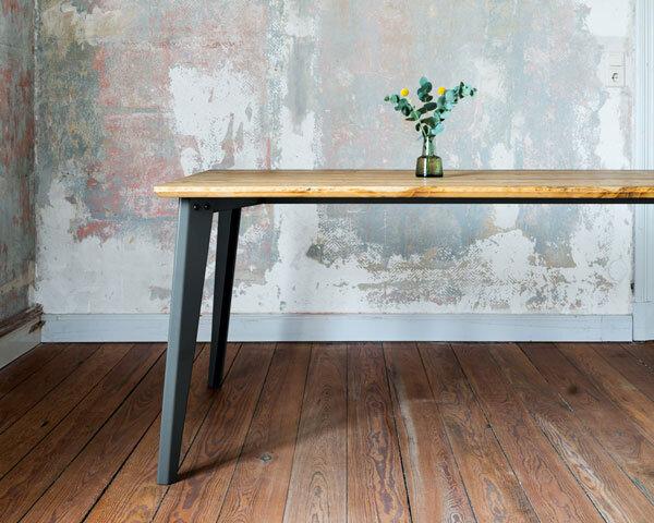 PLOG Tisch -