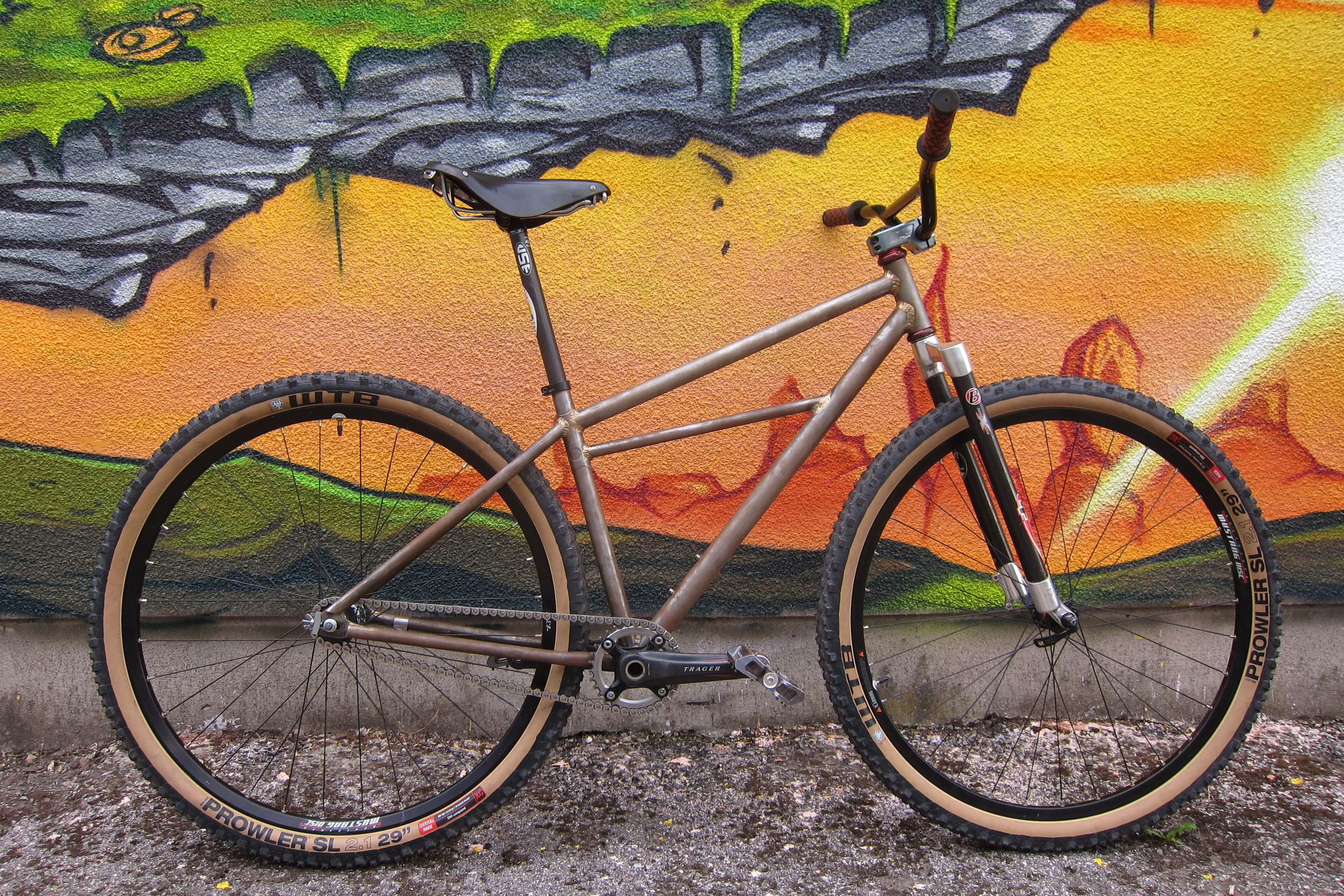 Pro-Cruiser  29er Coaster brake Cruiser inspired by the Koski Bros. but imagined in another universe. Pure fun to ride and a good way to use up rear tyres.
