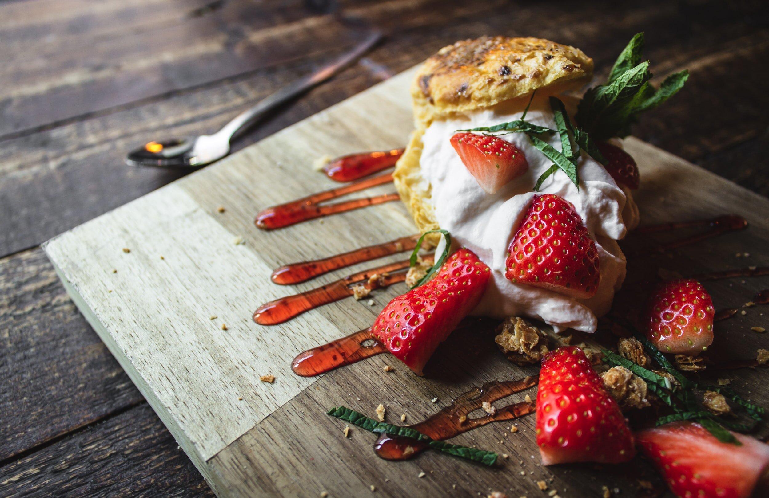Italian Crostata (Jam Tart) and other regional desserts. - cover