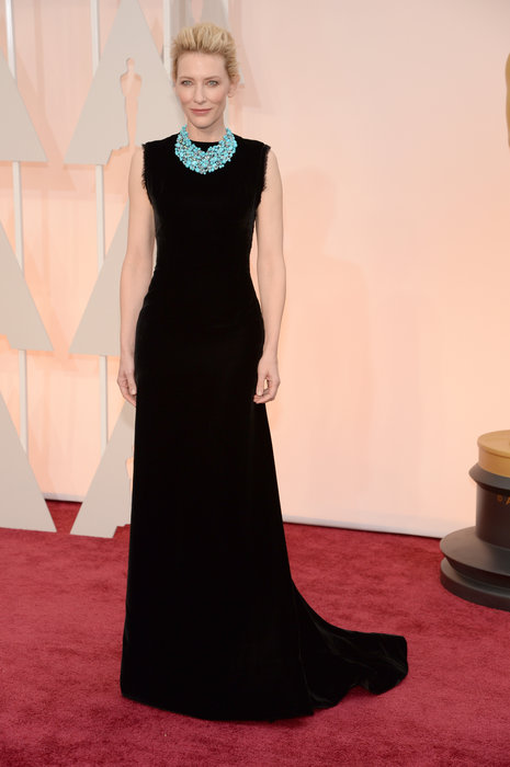 Some might call Cate Blanchett's dress boring, but those of you who know me know that I love an all-black look with a pop of color. The dress is so simple,the cut works on her, and thepop of turquoise is the perfect addition. While she could have gone a little more glam, I don't discount her simplicity.