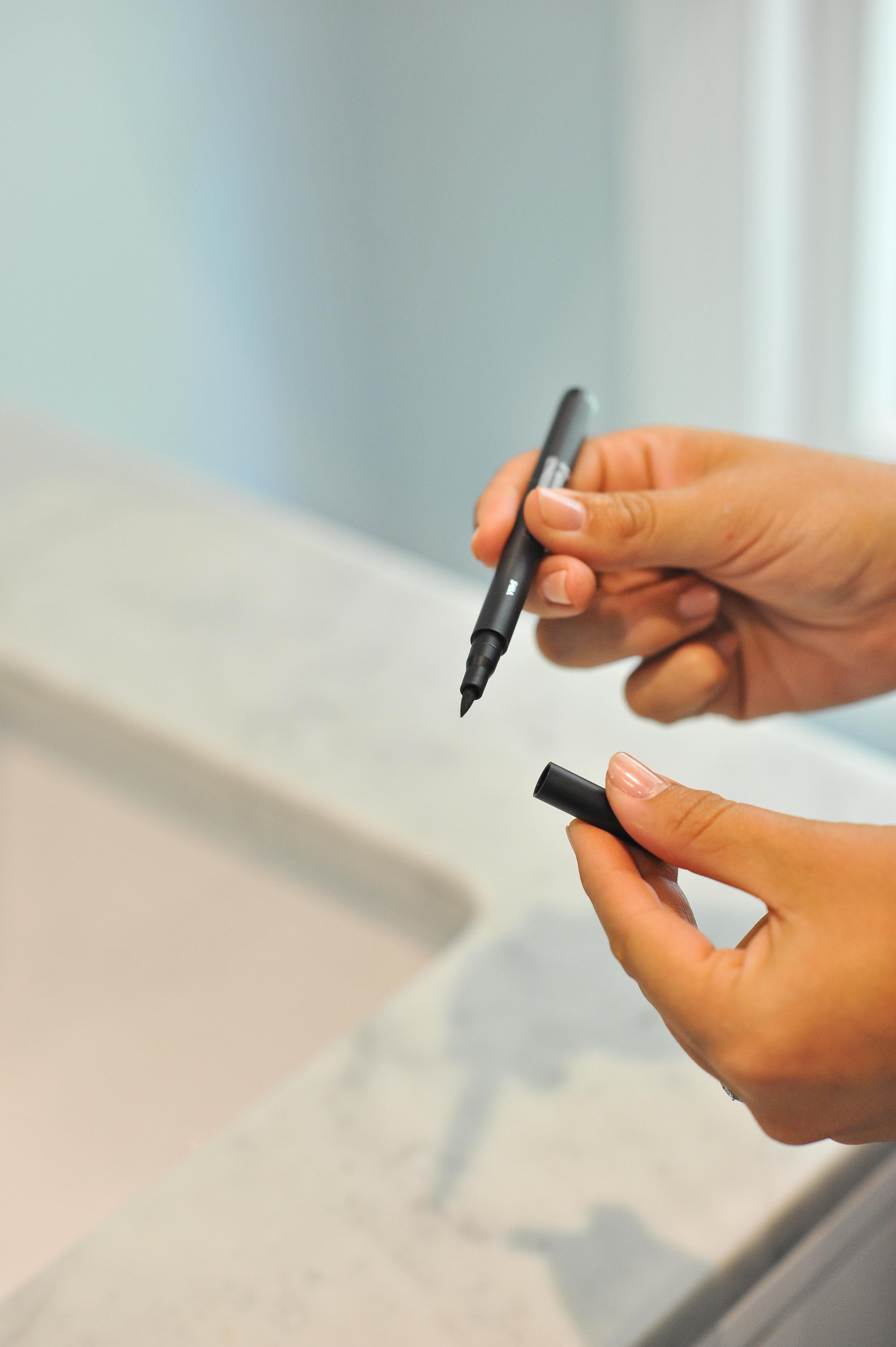pen eyeliner