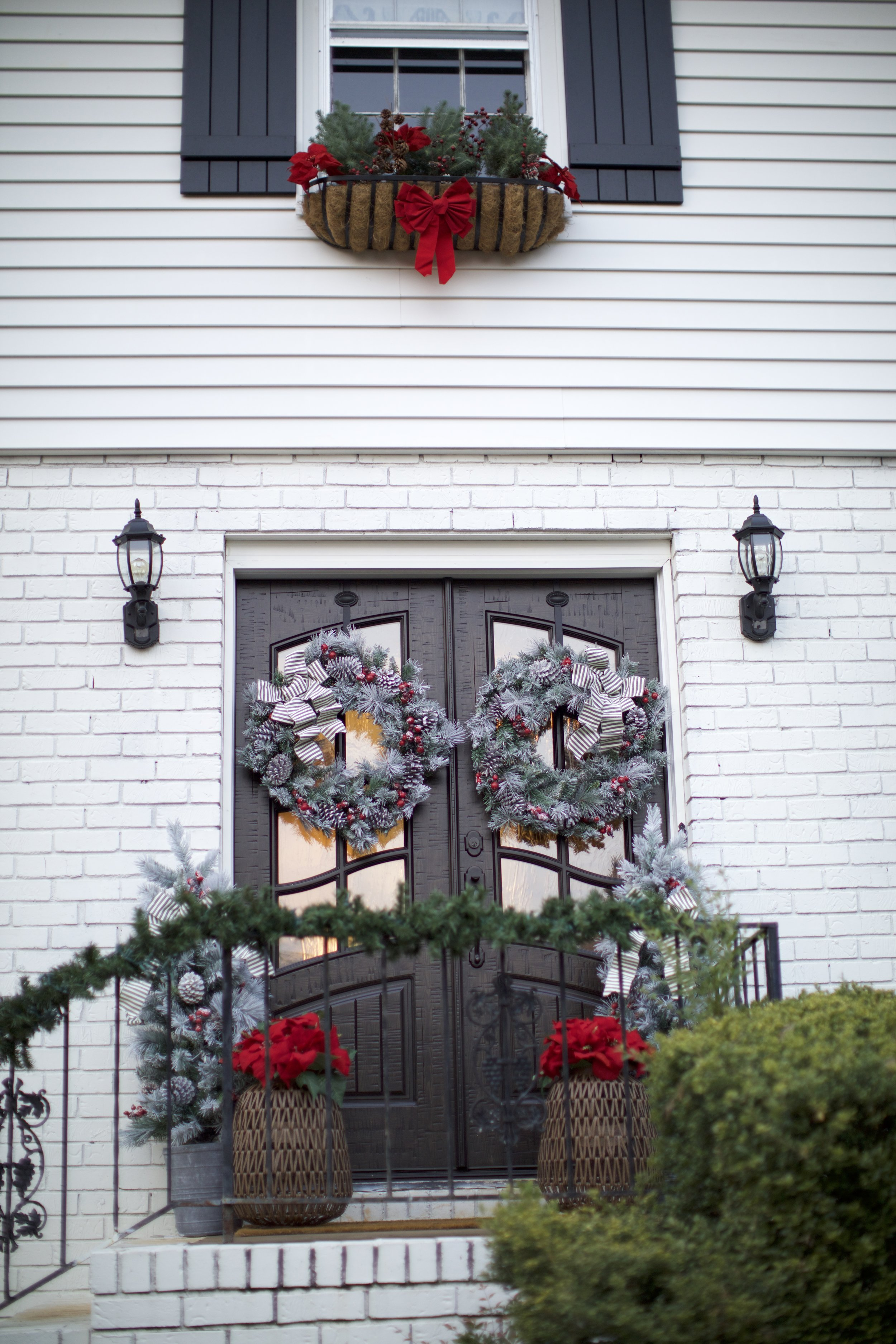 Home Depot Holiday Style Challenge Part 1 Classic Timeless Outdoor Decorations Lifestyled Atlanta