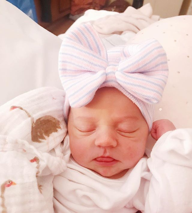 Welcome to the world, Lila Steele Clymer! We couldn't love you anymore + we are so in awe that you are ours forever. Thank you God for this precious gift! ❤️ • 12/28/2018 | 7 lb 7 oz, 20.5 inches