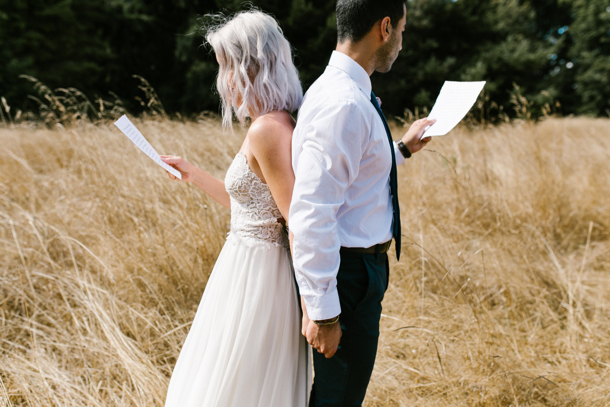 junebug weddings - Blue Ombré Wedding Inspiration from The Big Fake Wedding Seattle