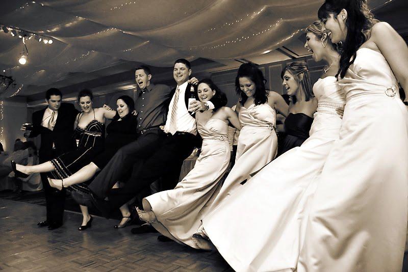 Outdoor_Wedding_Dance_Activities1.jpg