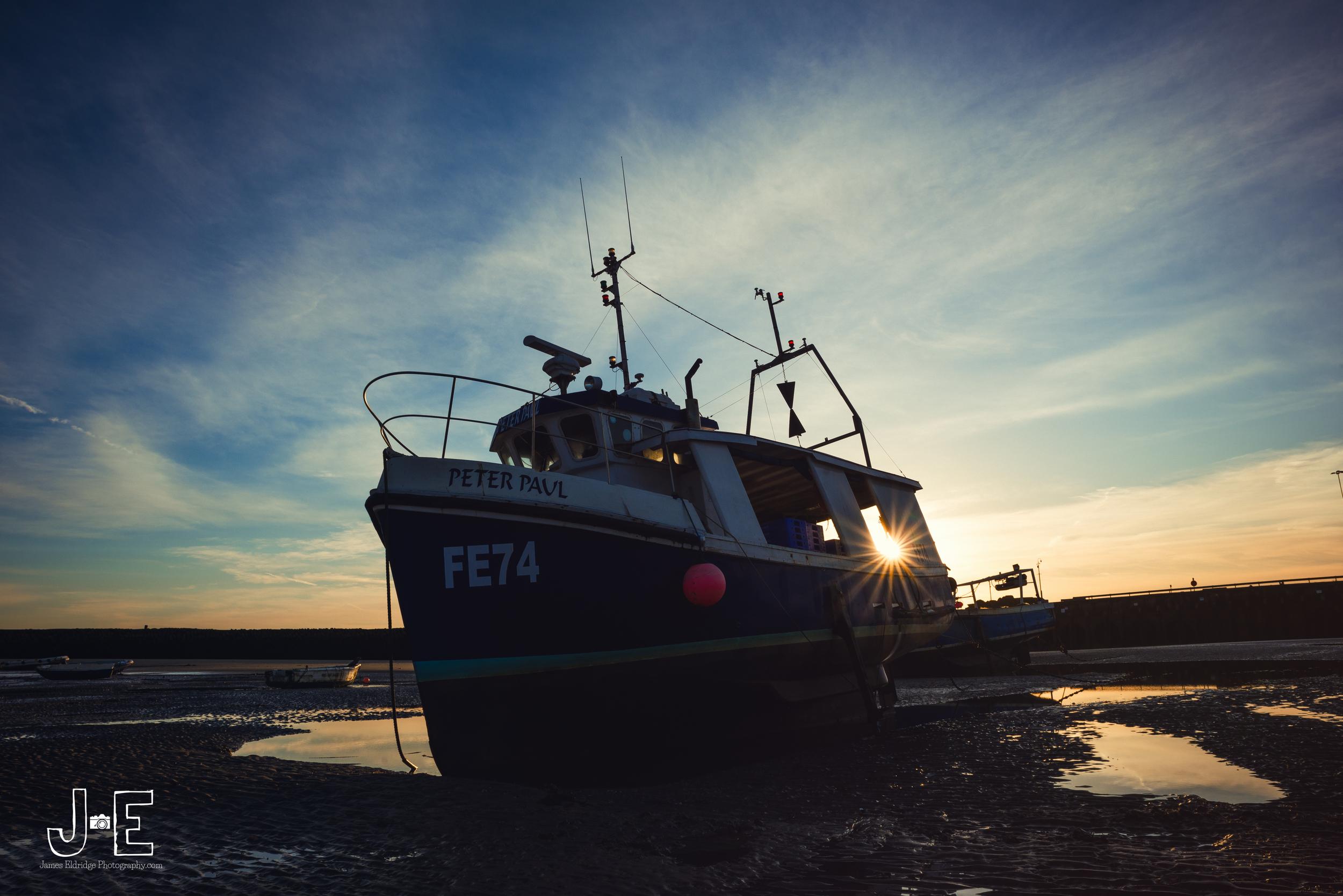 folkestone harbour boat sunrise