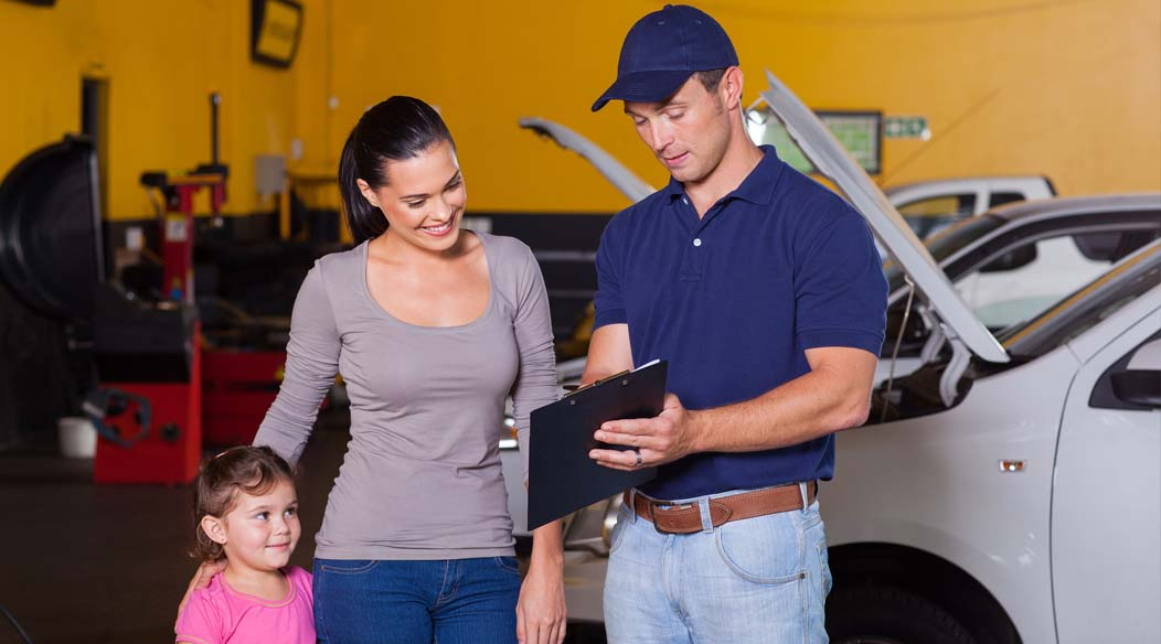 STOCK_CROPPED_bigstock-mother-and-daughter-in-garage-44725501.jpg