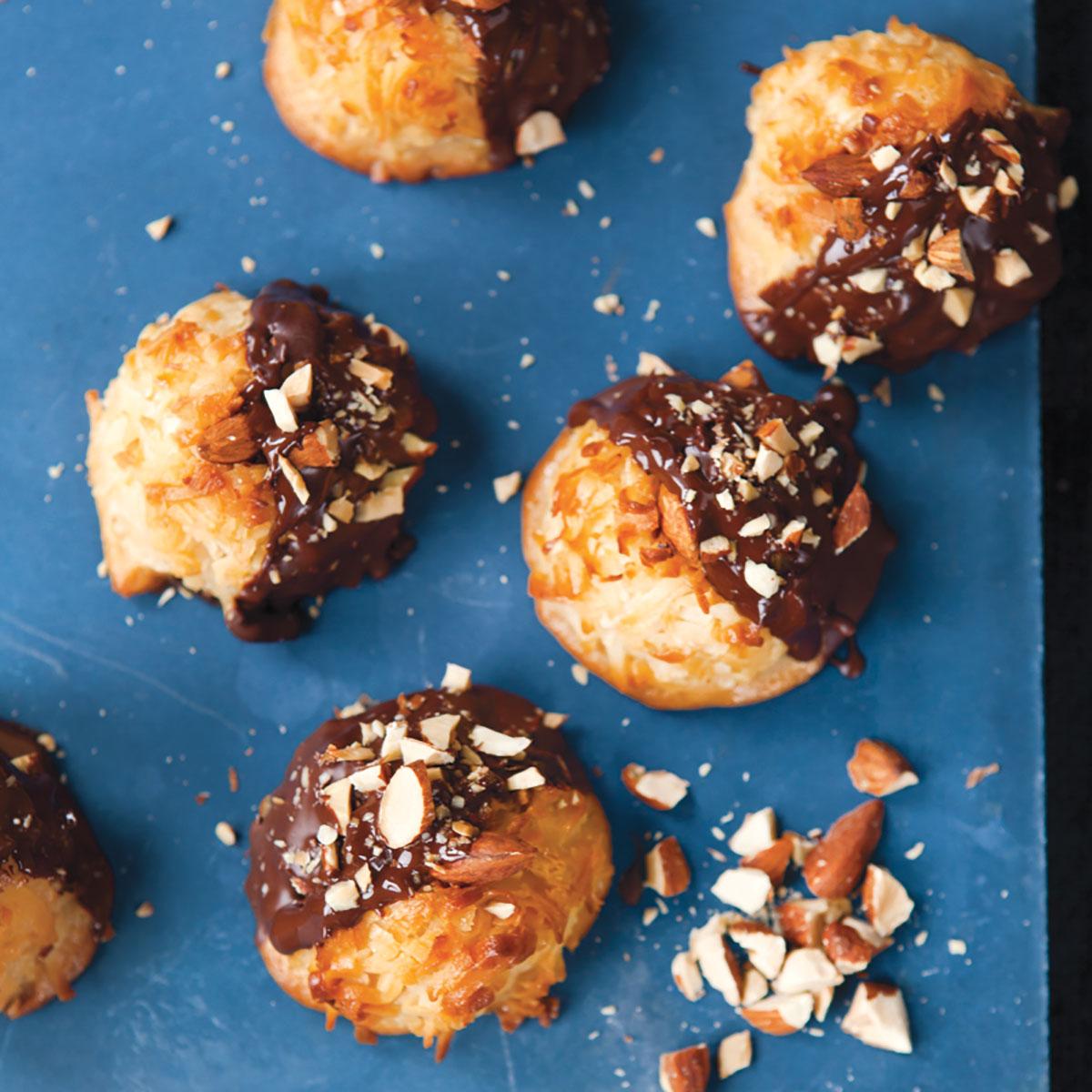 Danny-Macaroon-Chocolate-Almond-Product-2-(1).jpg