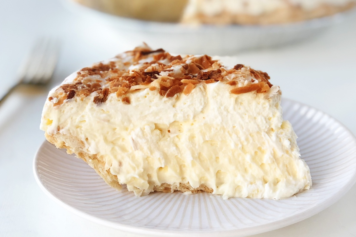 Bettys-Pies-Coconut-Cream-Pie-Product-V1-1.jpg