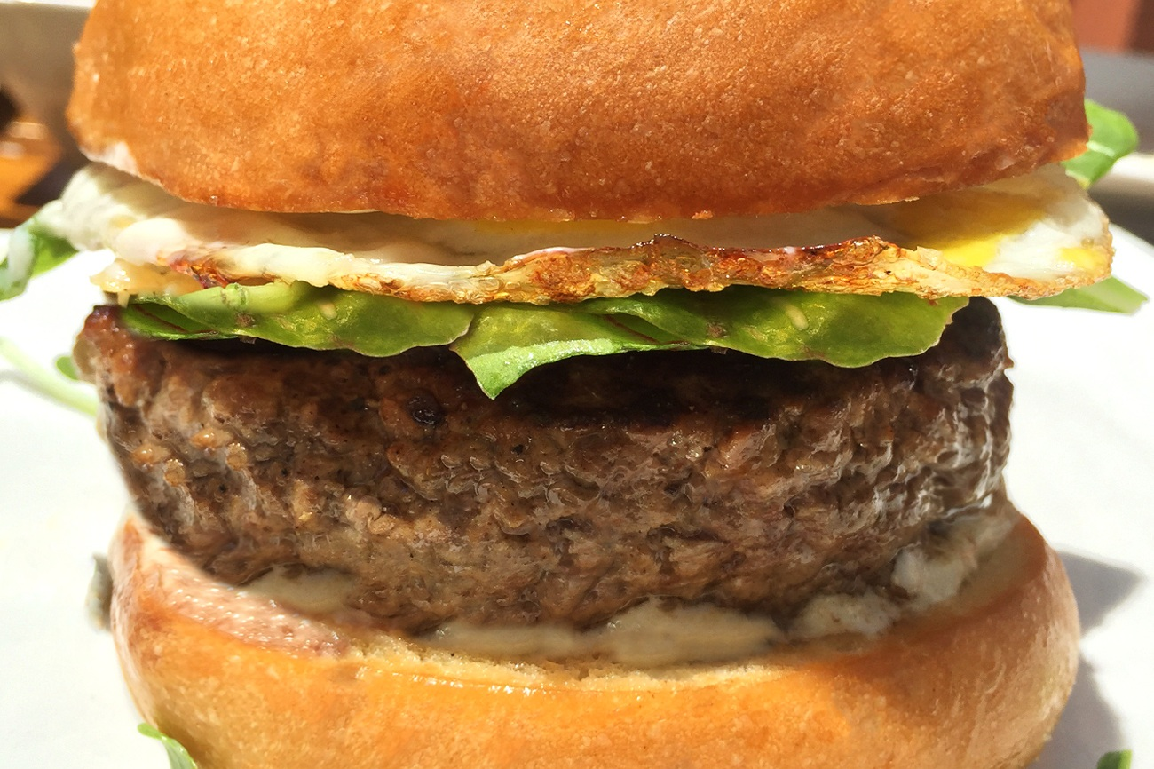 lafrieda-gold-label-burger-product1.jpg