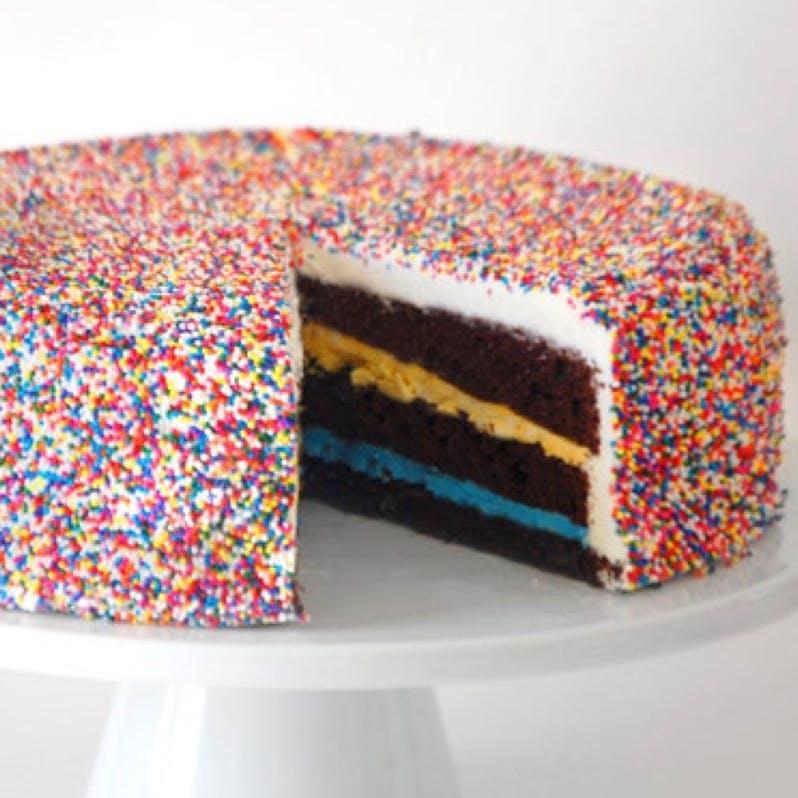 nonpareil-giggle-cake.98bca22f6a8e4b1ef097ac76adb89a0b.jpg