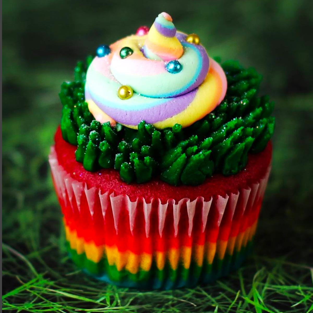 _NadiaCakes_unicorn-poop-Cupcakes-Product-3.jpg