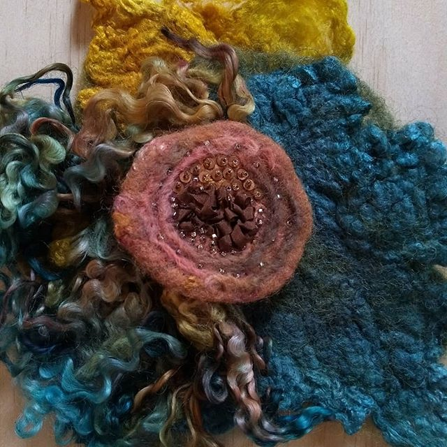 Workshop at The Art Farm coming up March 10! We're going to be experimenting with wet felting, needle felting, and embroidery to create an awesome piece of art you can take home and hang on your wall! Link in profile to register. @theartfarm