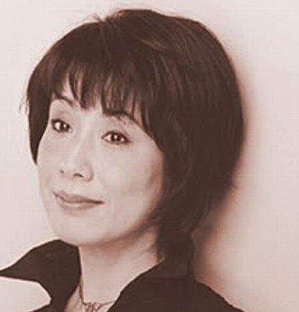 Mariko_Koike_(writer)-p01.jpg