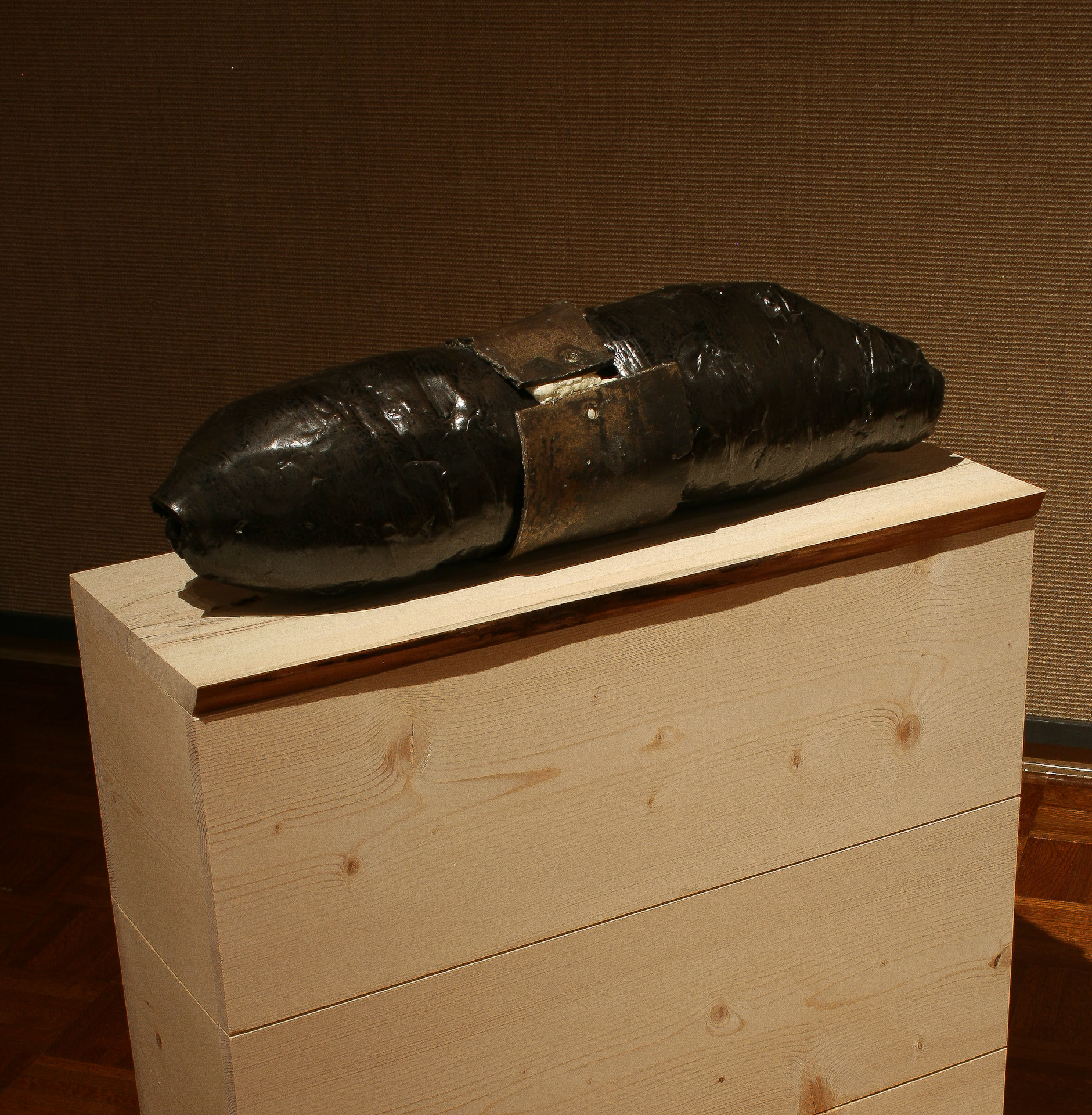 When Parts Become the Sum of the Whole (2012-13)  clay, bronze,expanding foam