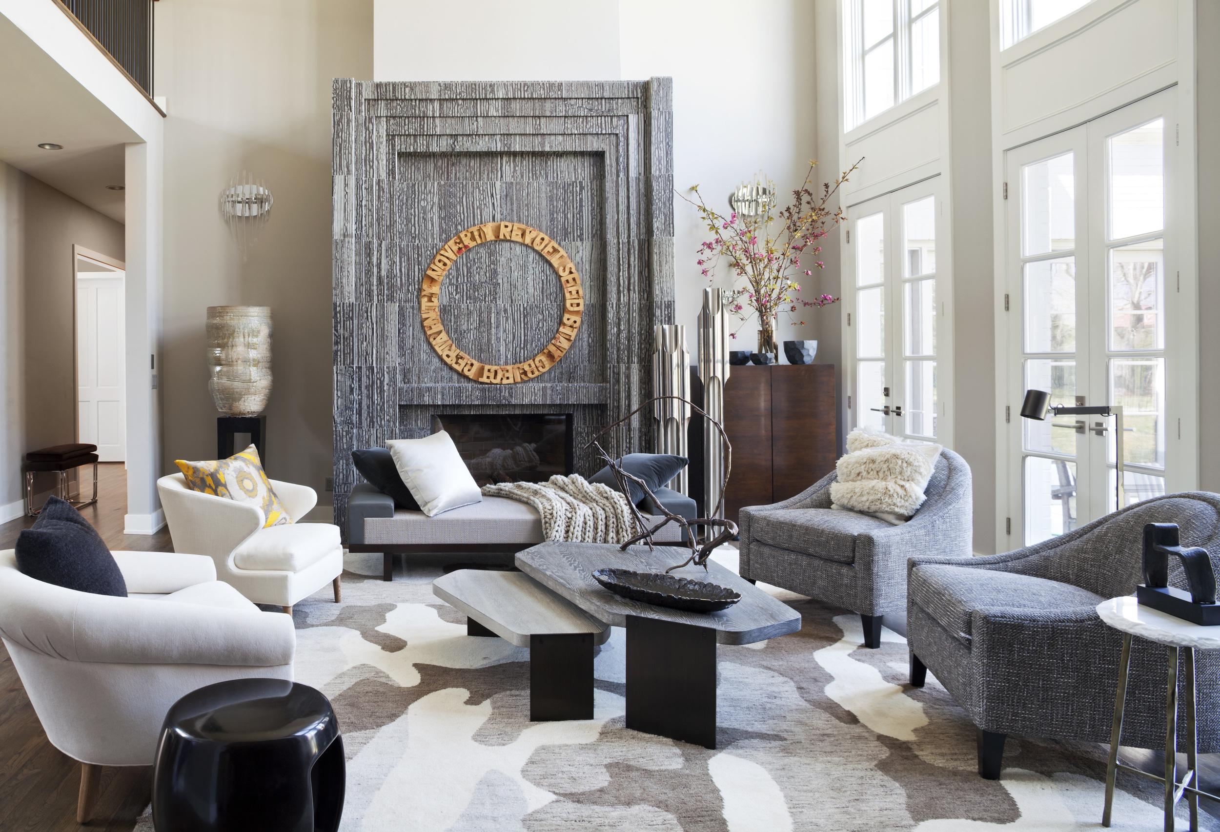 Private Residence. Design: Petra Richards Interiors. Photographer: Emily MInton Redfield. Showroom: TOWN Studio. Artist: Roland Bernier.