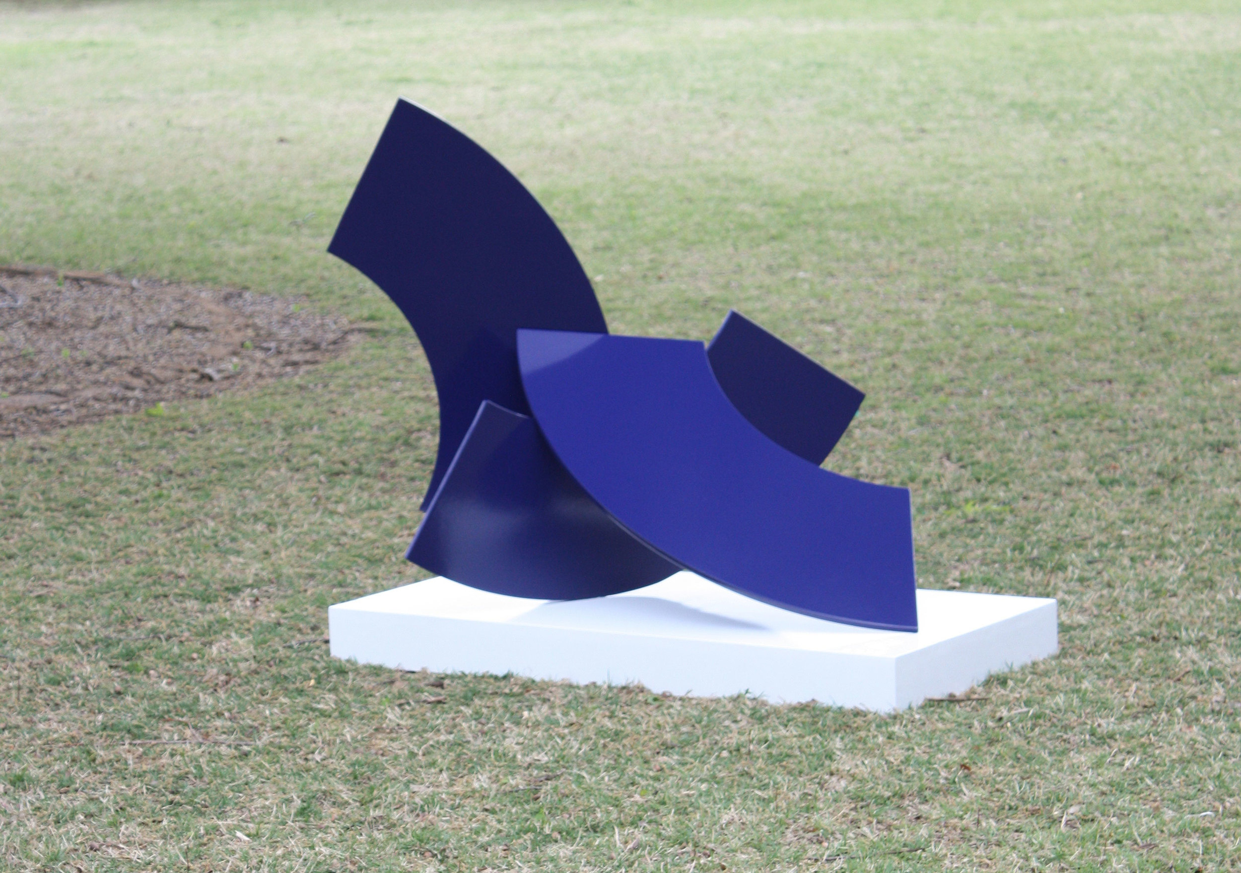 Arches  powder coated steel  45x48x36