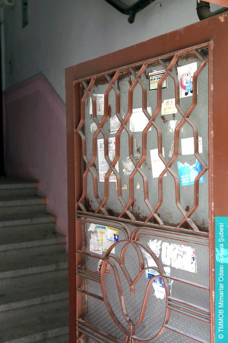 Resim 7: Yapının Giriş Kapısından Detay