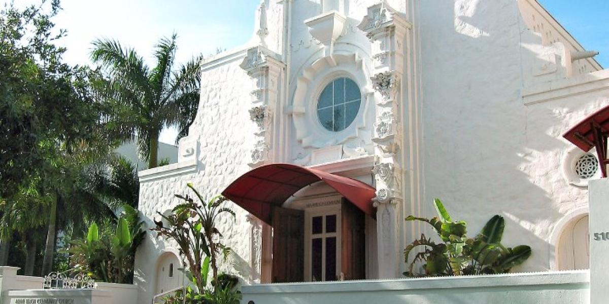 Miami-Beach-Community-Church-Wedding-Miami-Beach-FL-1.1437426143.jpg