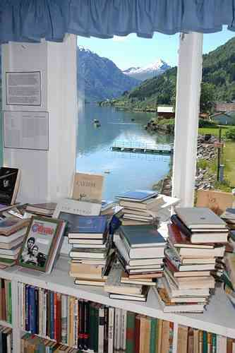 Books and peaceful fjord view. Photo: The Norwegian Booktown.
