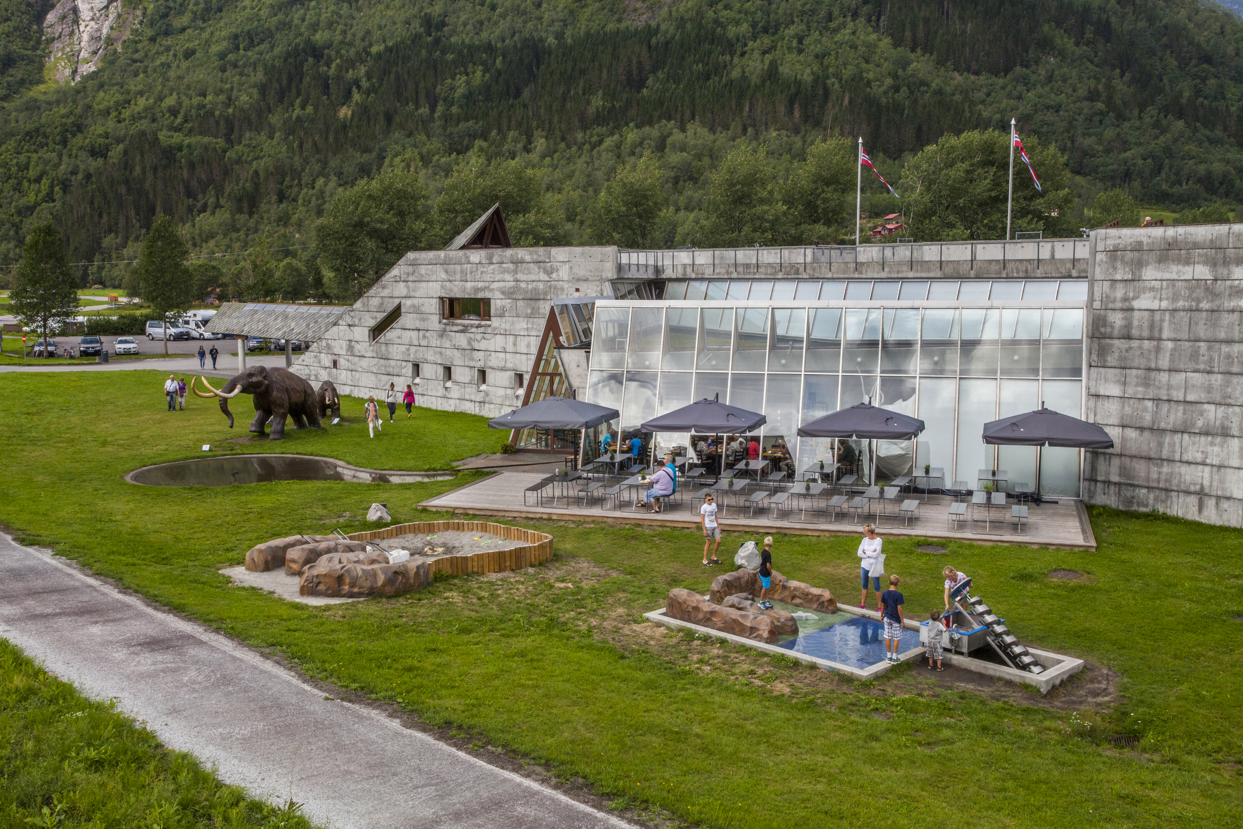 The outdoors area with the Educational Playground.Photo: Gaute Dvergsdal Bøyum.
