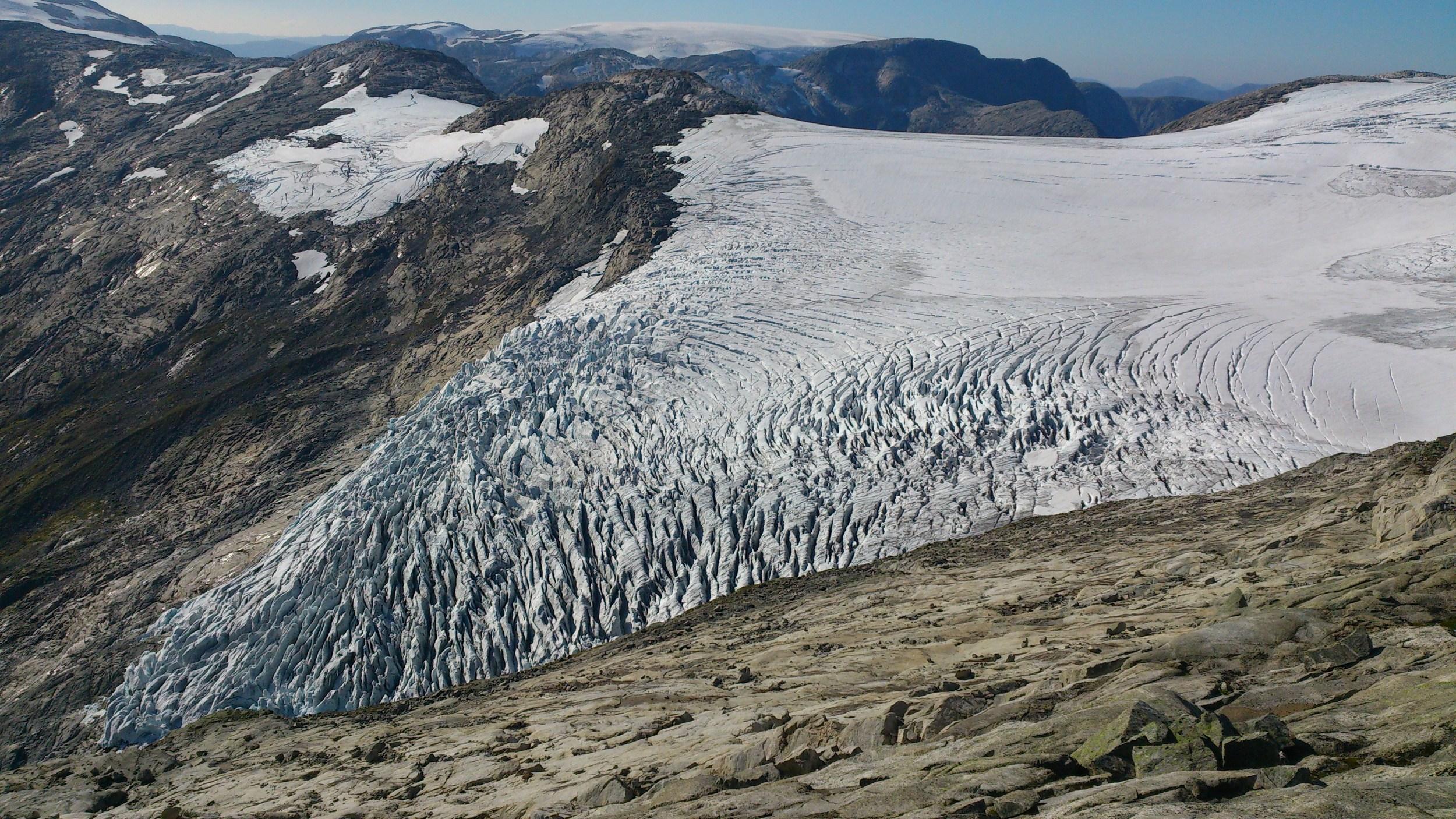 Vetle Bøyabreen Glacier 2014. Photo: Pål Gran Kielland.