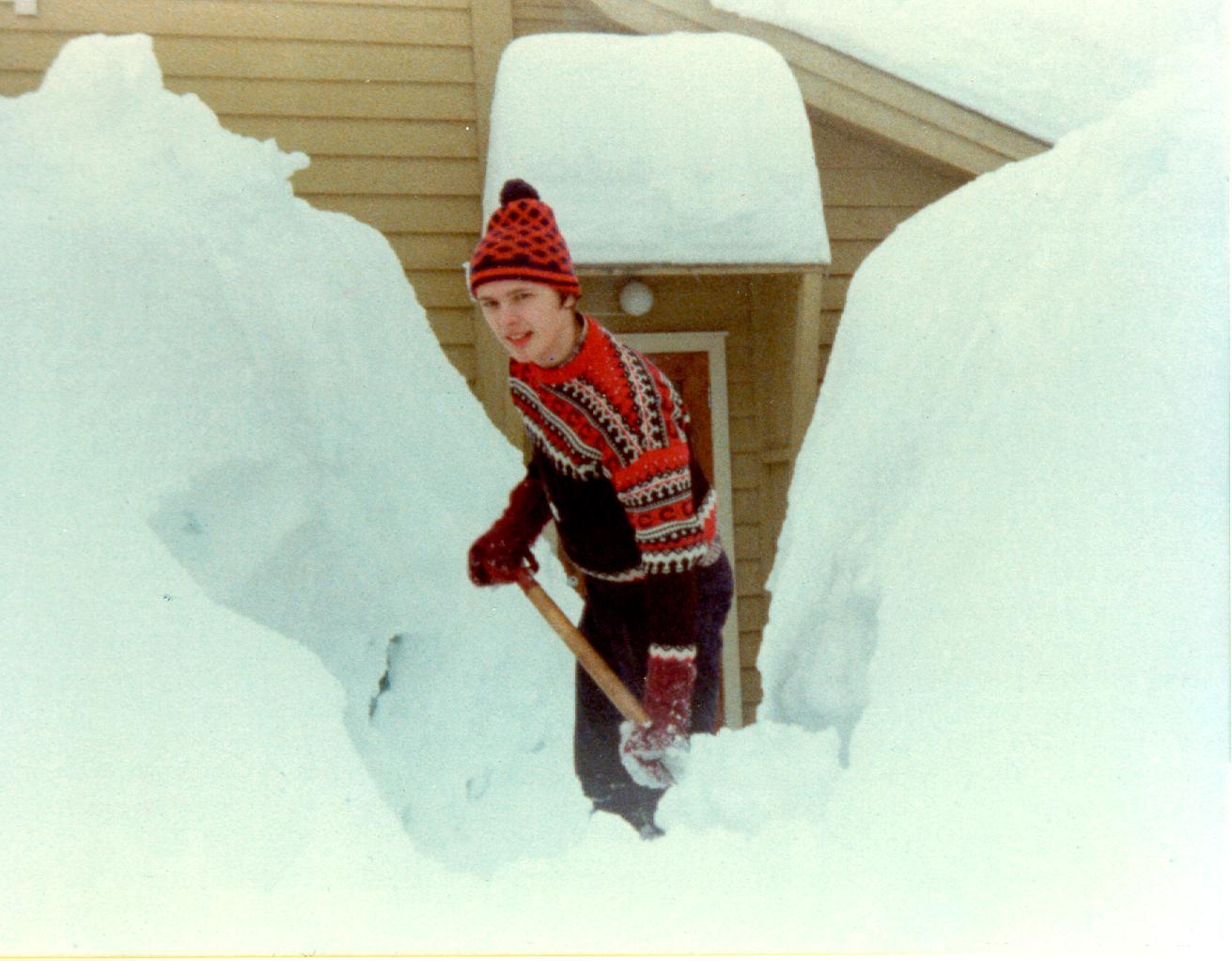 Viel Schnee in Fjærland durch den Winter.