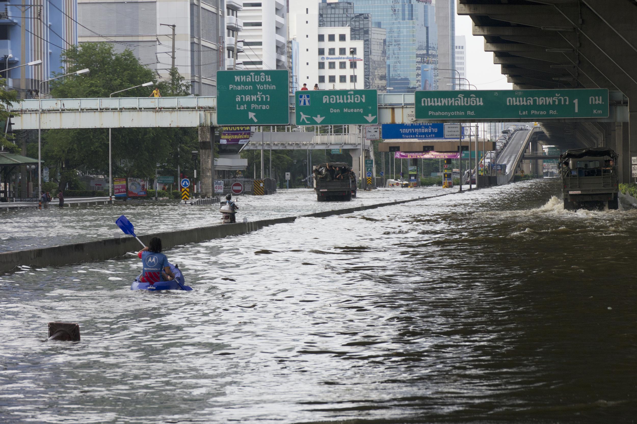 Flood Bangkok.jpg