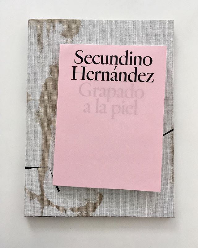 """""""Secundino Hernández. Grapado a la piel"""" opens today at Victoria Miro Gallery in Venice. The exhibition showcases a selection of small-scale figurative paintings. The catalogue includes an amazing text by Ray Loriga. This is our second collaboration with Victoria Miro and Secundino Hernández.  #secundinohernandez #rayloriga #victoriamirovenice #grapadoalapiel #exhibitioncatalogue #bookdesign #bookcover #artbook"""