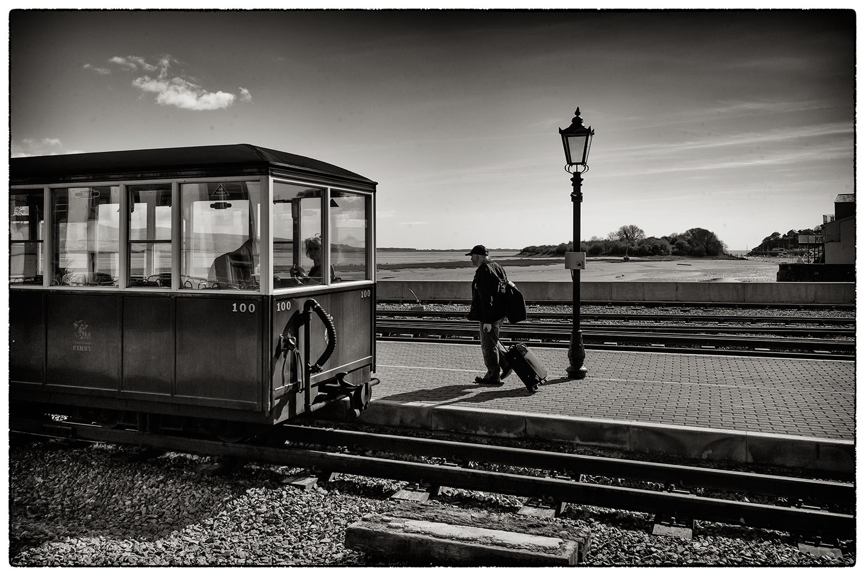 Porthmadog station, last passengers arriving for the last train.