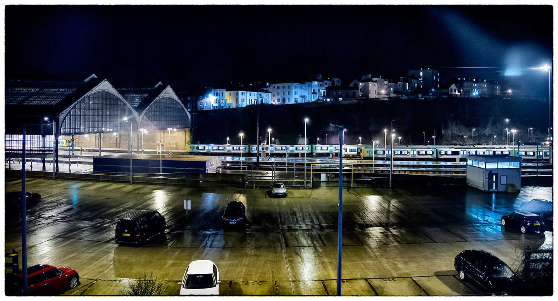 Brighton_station_5706.jpg