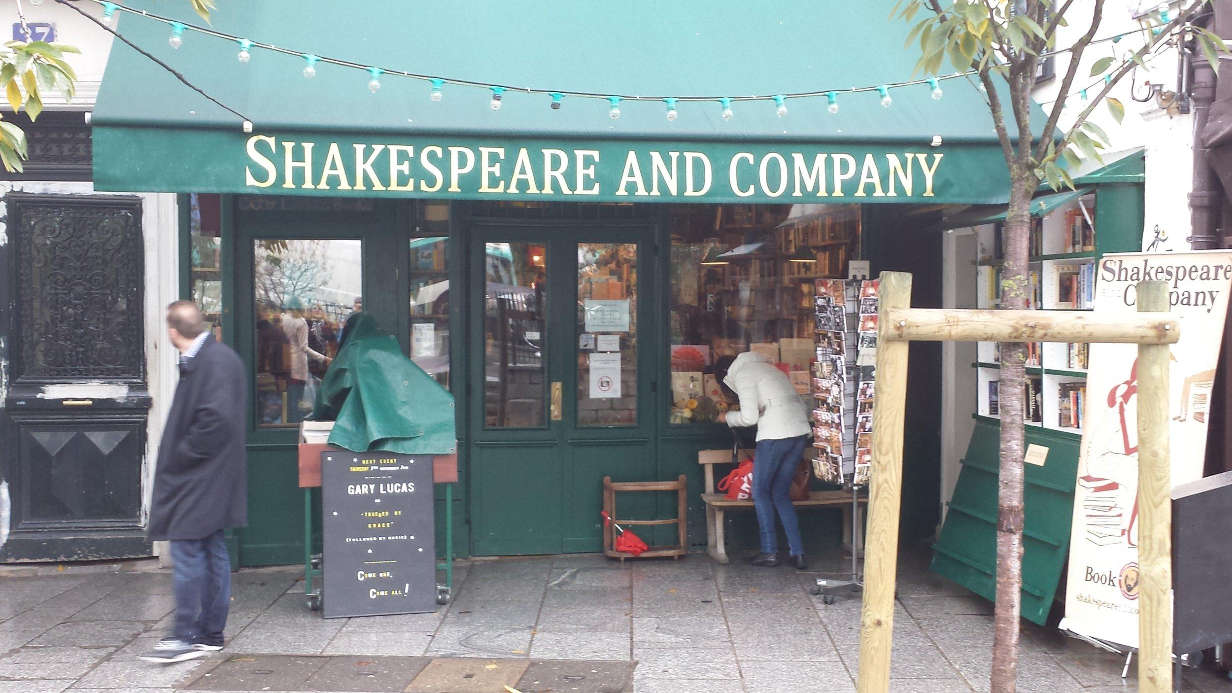 shakespeareandco.jpg
