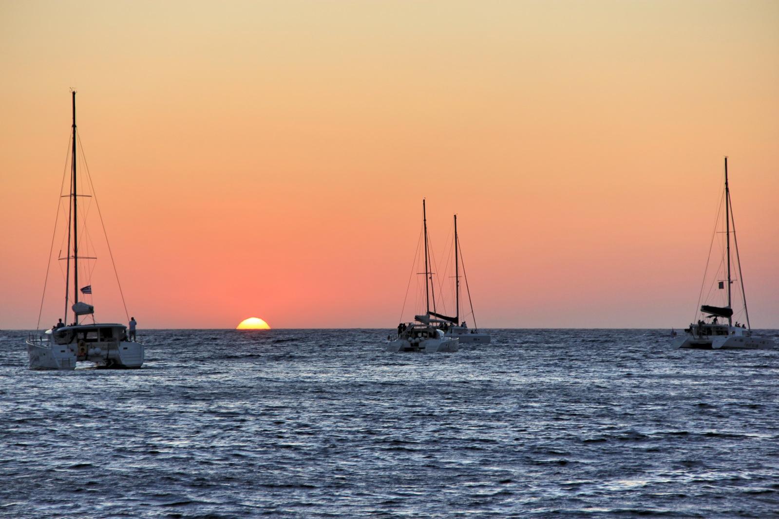 sunset oia.jpg