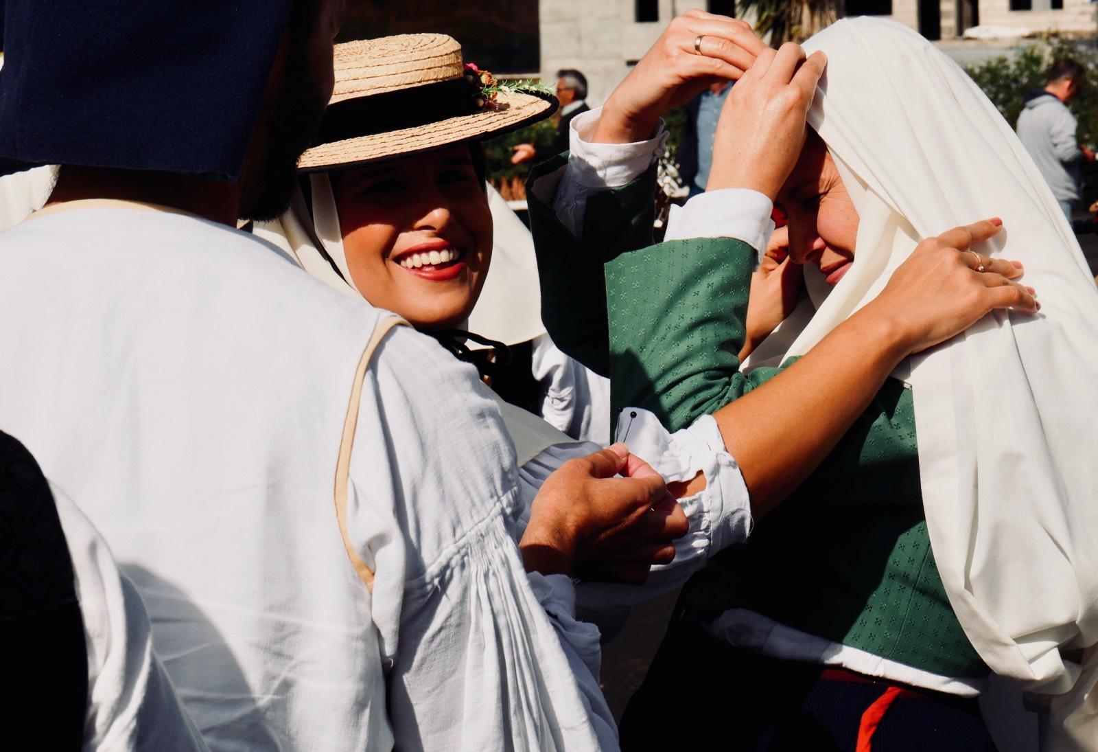 Danzatrici in abito tradizionale Canario, Mancha Blanca, Lanzarote