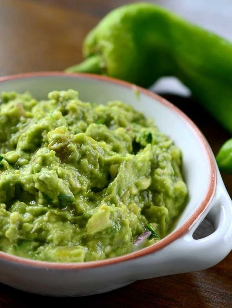GREEN CHILE GUACAMOLE - Aaditional avocado dip with chile for a flavorful and spicy kick.