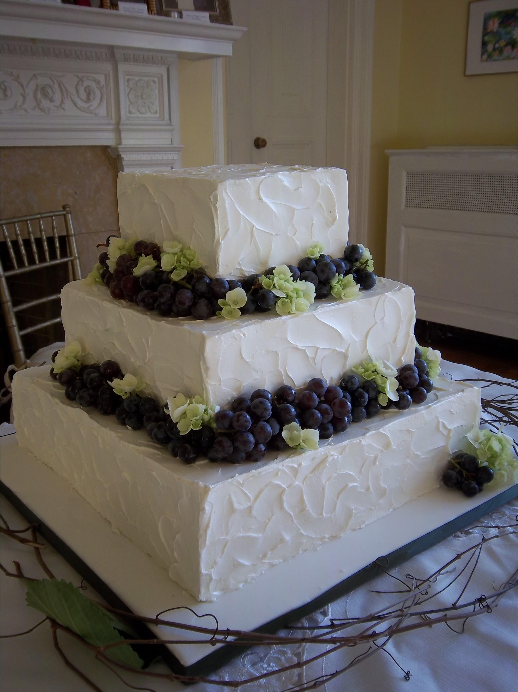 Vashon Island Baking Company wedding cake