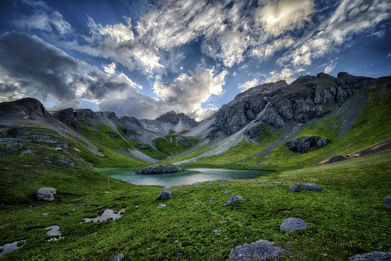 island-lake.jpg