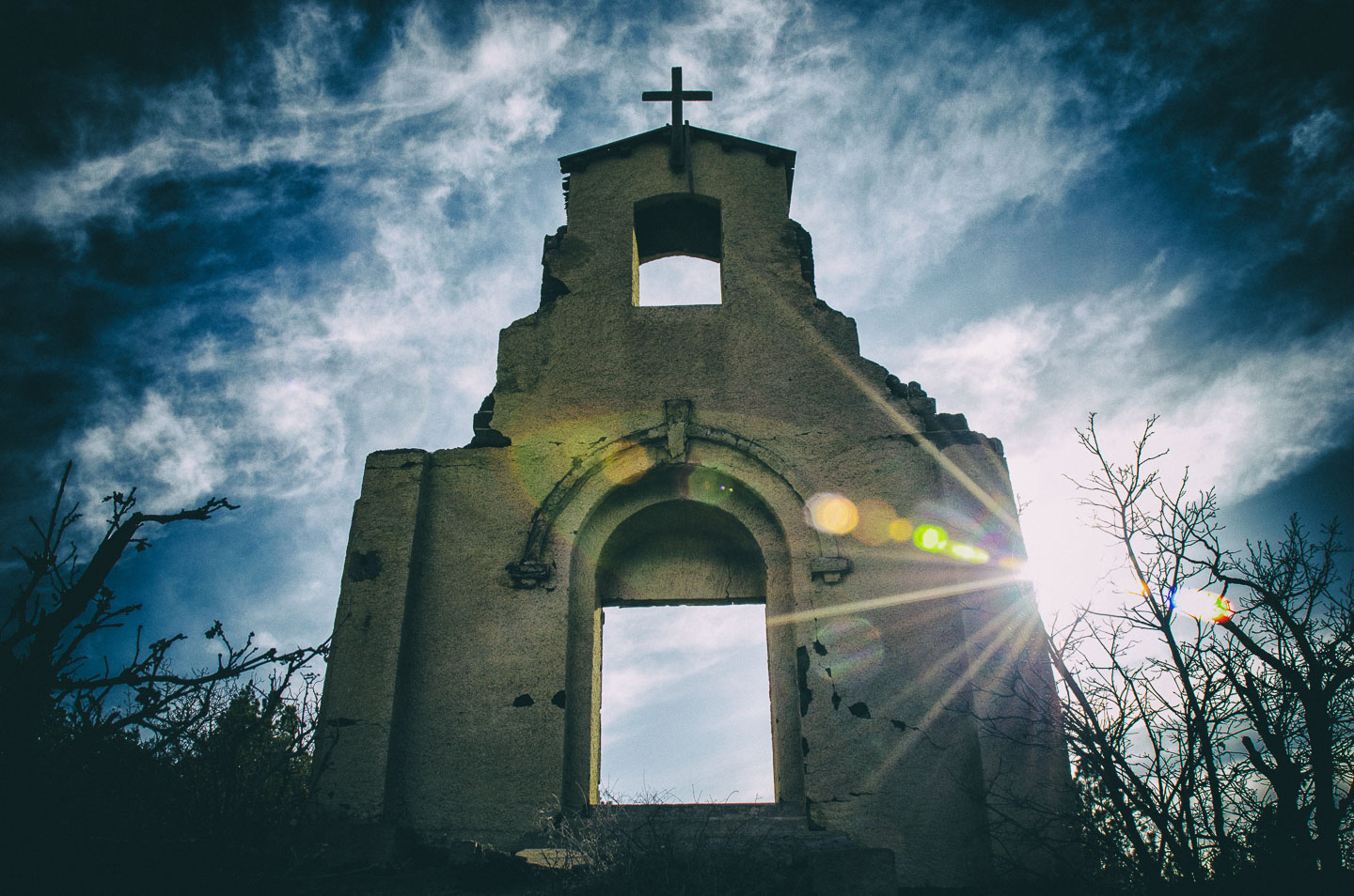 abandoned-church.jpg