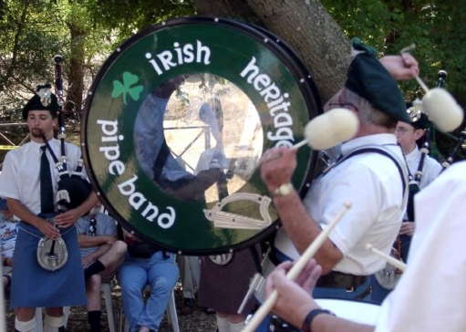 Photo Courtesy of Mike LeBoeuf  Irish Heritage Pipe Band at the Dunsmuir Games 2002