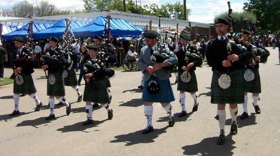 Photo Courtesy of Mike LeBoeuf  Irish Heritage Pipe Band at the Sacramento Valley (Woodland) Games 2003