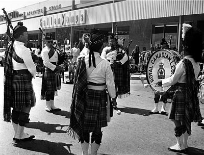 Photo courtesy of Phil Lenihan  L to R: Dick Boyd Guy Bennett David More (back) Neil Serkland PMaj John McPhee David Maiche (bass)   Royal Canadian Legion (1970 approx.)   Shopping Center