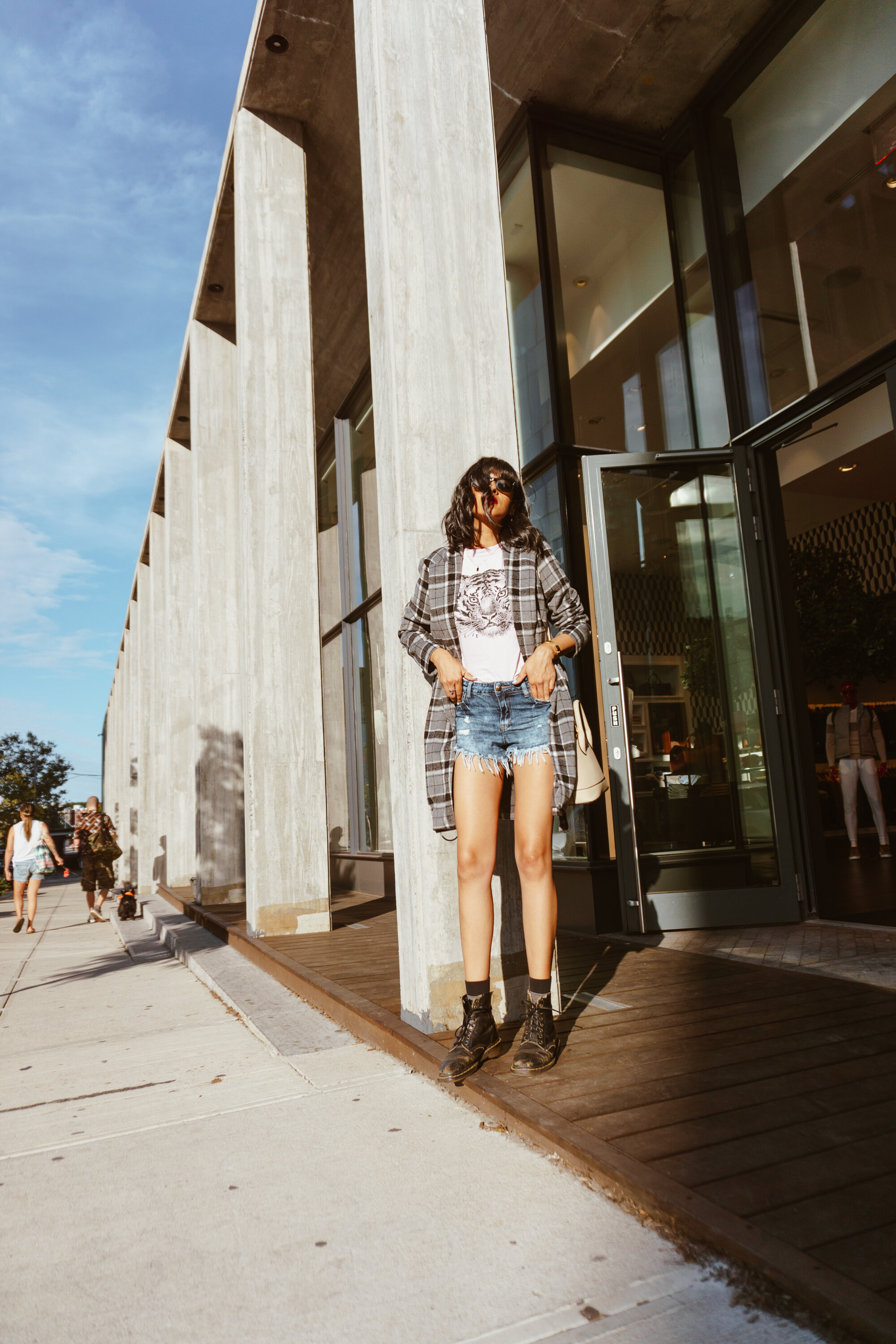 transitional summer to fall outfit